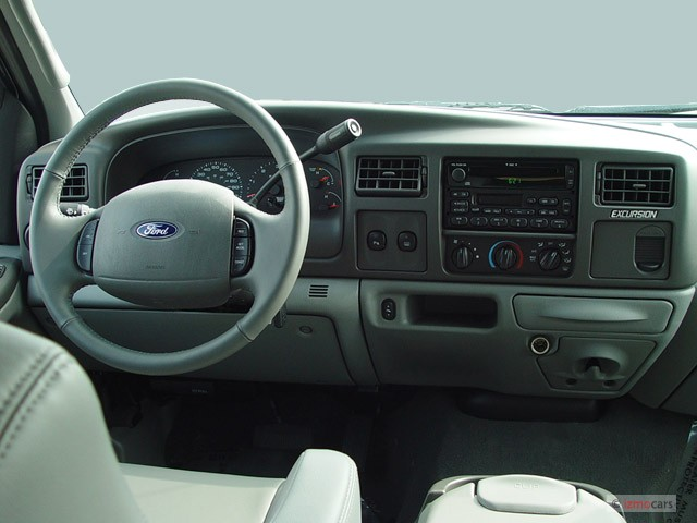 2003 Ford Excursion XLT Interior