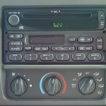 2003 Ford Excursion XLT radio and climate controls