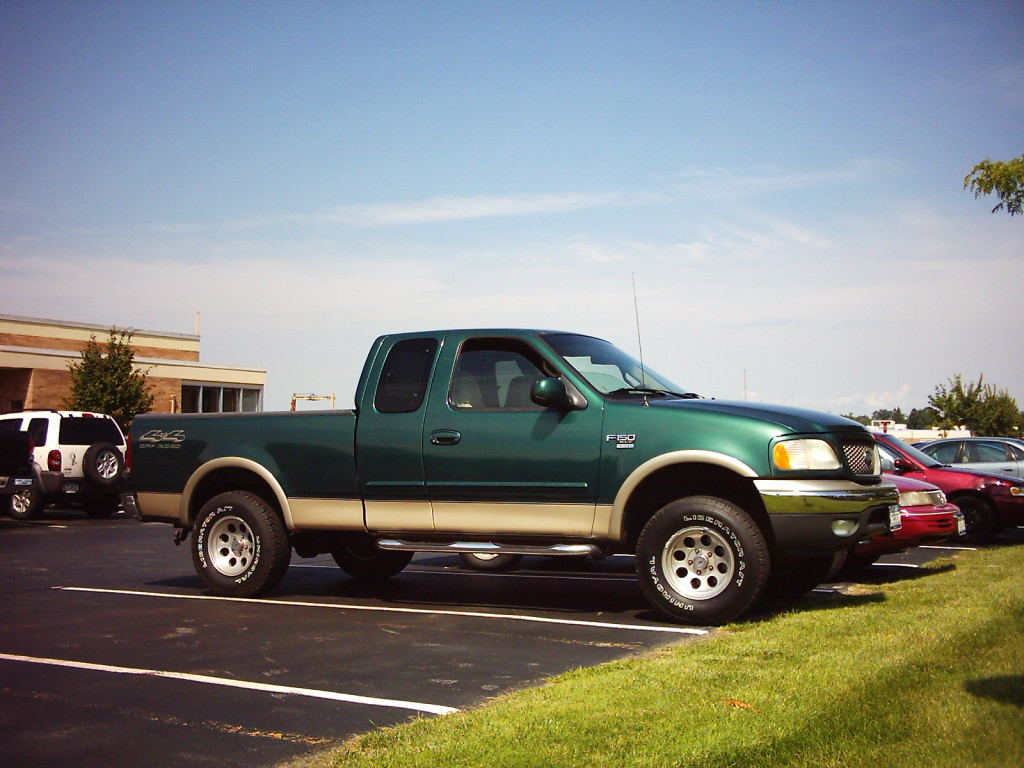 '2000 Ford F-150 XLT Green 4x4 Supercab: '
