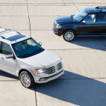 2015 Lincoln Navigator in white and black