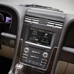2015 Navigator Interior Center Stack