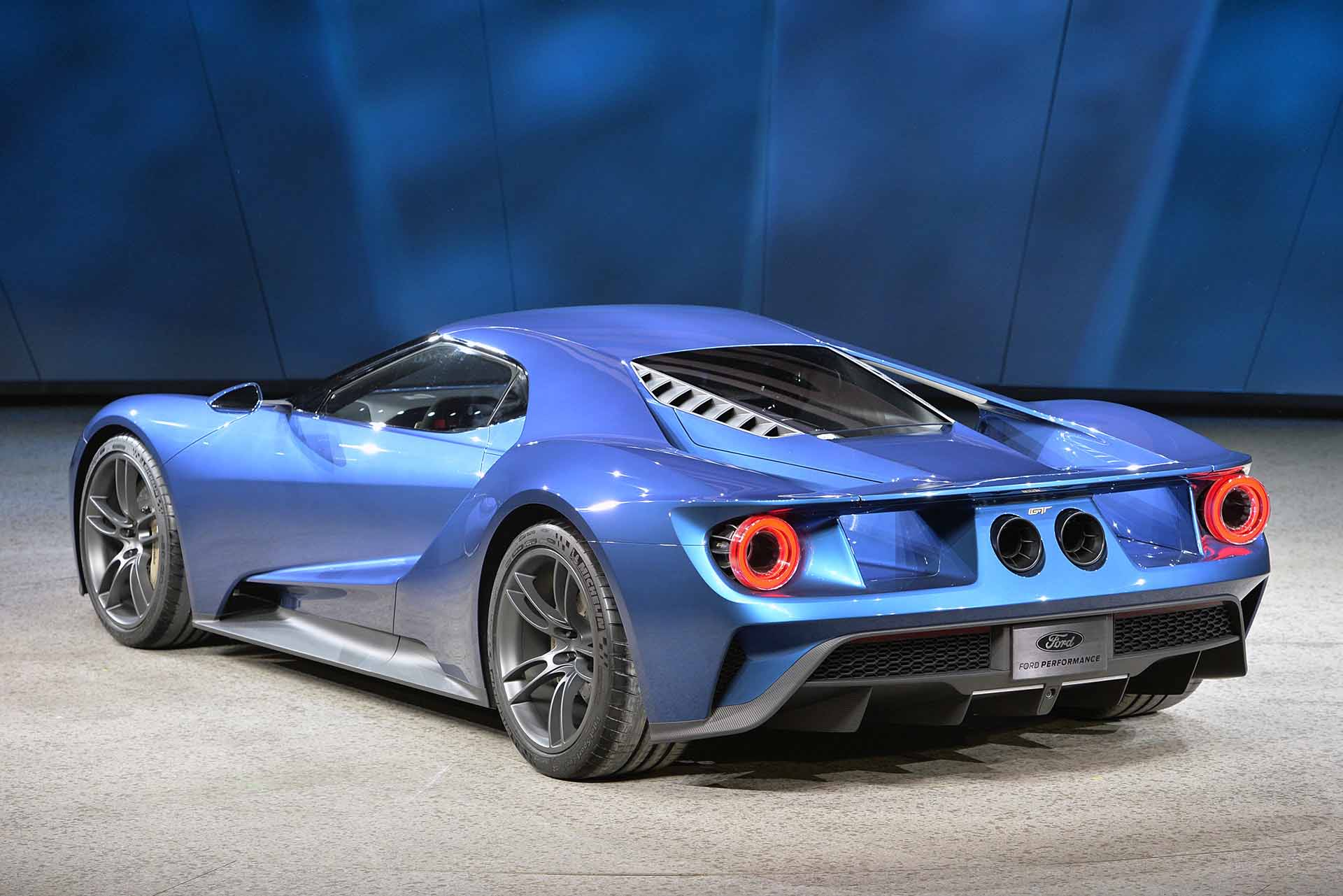 2016 Ford Gt With 3 5 Liter Ecoboost At Detroit Auto Show