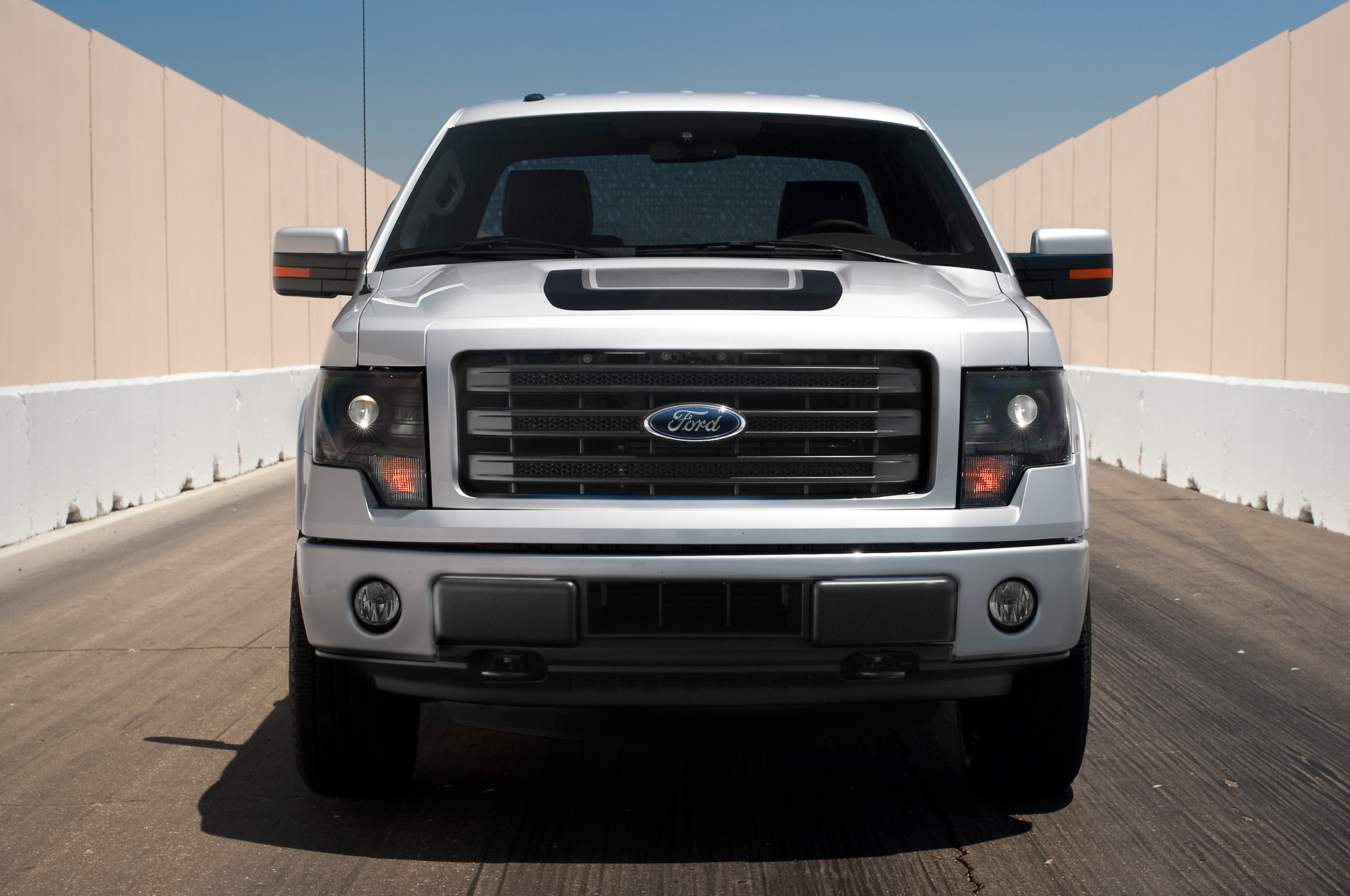 ford fx4 150 tremor grille front fx2 fix power test motortrend